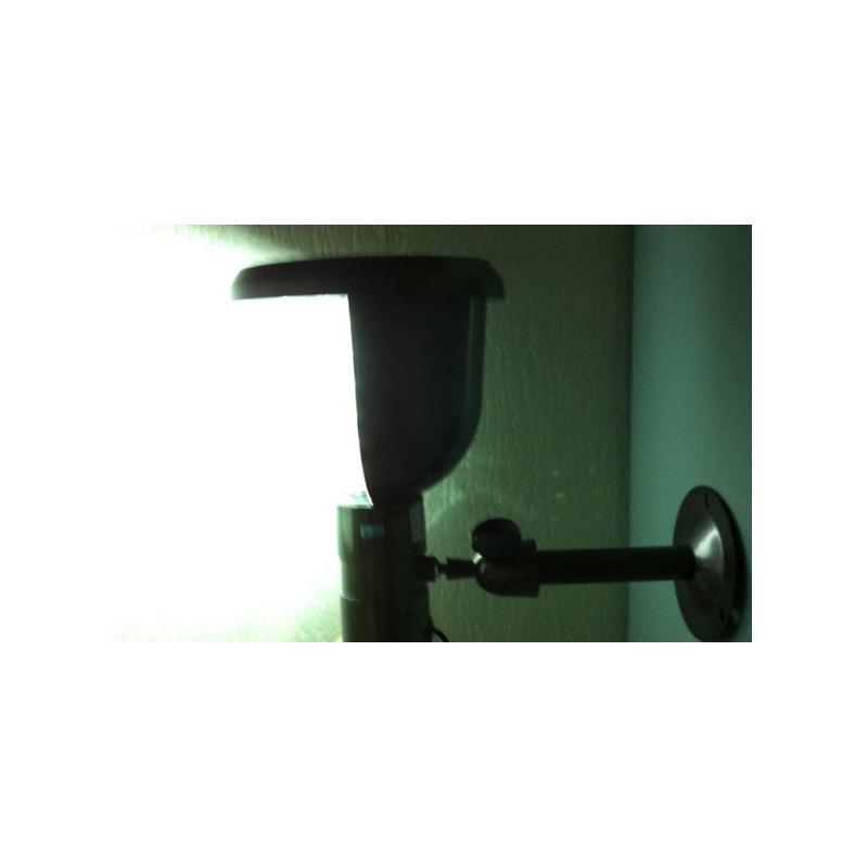 lampe solaire cam ra infrarouge et d tection de mouvement camera espionnage. Black Bedroom Furniture Sets. Home Design Ideas